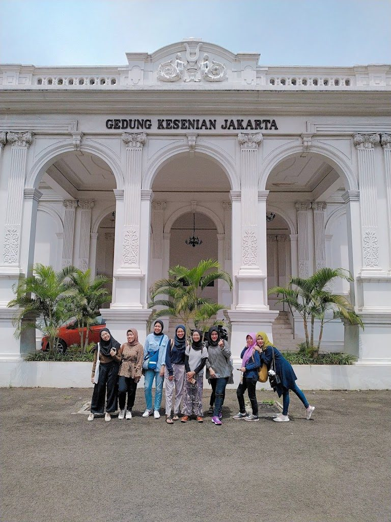 Kawasan Passer Baru Jakarta, dilanjutkan ke Gedung Kesenian Jakarta
