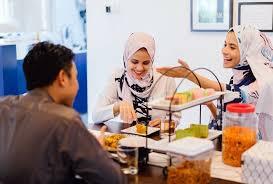 azariatika lebaran idul fitri - Kenapa Lebaran Idul Fitri Tidak Semenyenangkan Dulu?