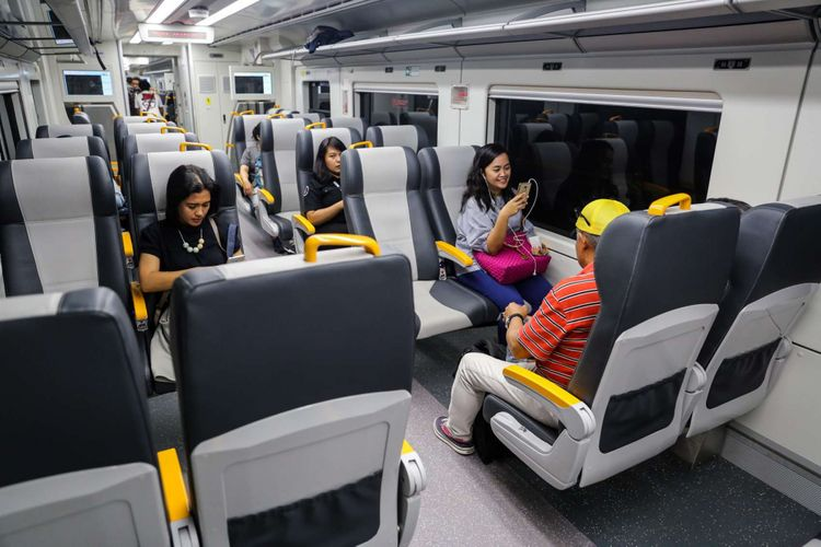 azariatika transportasi KA Bandara - Transportasi Terintegrasi dan Aman, Membuat Perjalanan Semakin Nyaman
